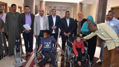 صورة ٢٢٠٠ مستفيد من الخدمات الطبية بقافلة جامعة عين شمس التنموية