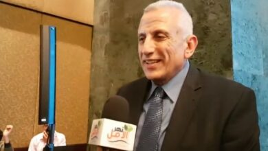 صورة لقاء مجلة نهر الامل مع الدكتور علاء بلبع استاذ علاج طبيعى جامعه القاهره