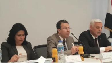 صورة الاستاذ حسن الشاذلى الاعلامى بالتليفزيون فى مؤتمر اقتصاديات الكتب التكلفة والعائد