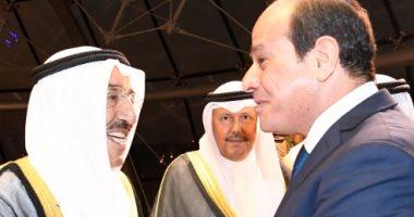 صورة أبراج الكويت تتزين بالعلم المصرى احتفاء بزيارة الرئيس السيسى