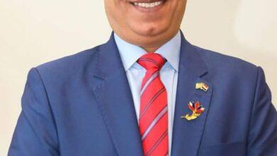 صورة السفير أحمد فاروق يلتقي رموز الجالية المصرية بالسعودية