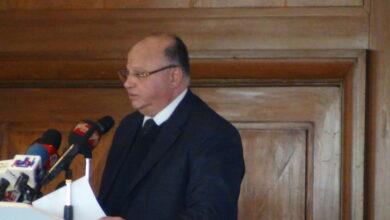 """صورة محافظ القاهرة يشير إلى أن مبادرة """"من عشوائية إلى عيشة وهوية"""" التى كان لها أثر نوعى لتطوير المناطق العشوائية فى حلوان"""