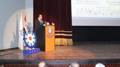 صورة وزير التعليم العالي يفتتح فعاليات شهر العلوم المصري